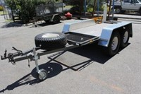 Custom Flat Box Top Trailer